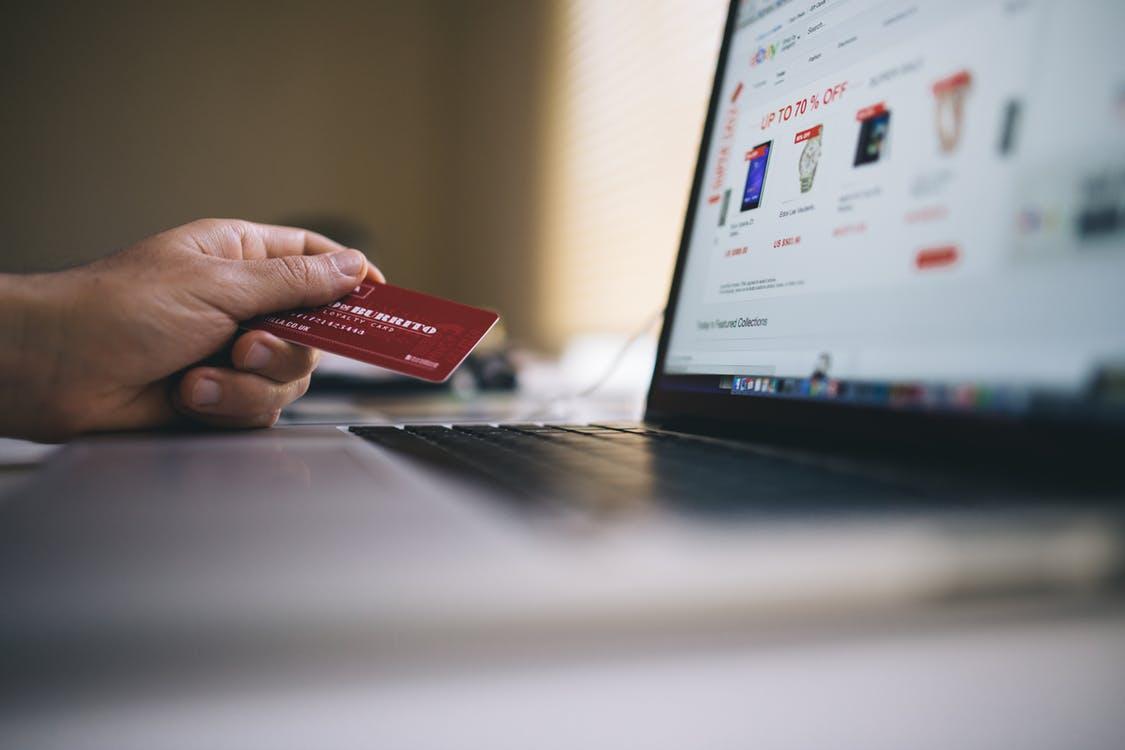 Spar penge online med en værdikode